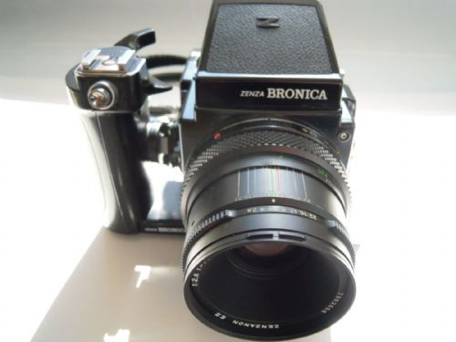 BRONICA ETRS CAMERA WITH 75MM LENS 120 MAG , WINDER GRIP AND PRISM